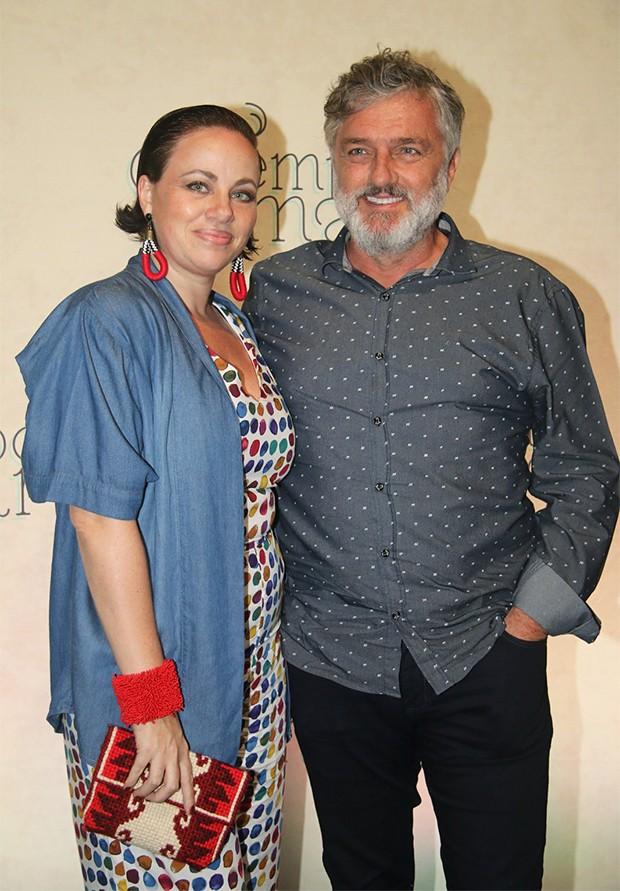 Werner Schünemann e Karine Teles (Foto: AgNews)