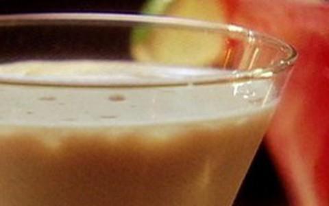 Garvin ensina receita de drinque exótico conhecido como 'chocolate city'