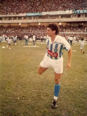 Edil, jogando pelo Paysandu e se preparando para mais um Re-Pa no Mangueirão (Foto: Arquivo pessoal)