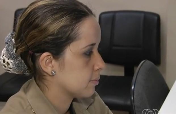 Proposta de capitã da PM de Goiás prevê regras no visual das policiais (Foto: Reprodução/TV Anhanguera)