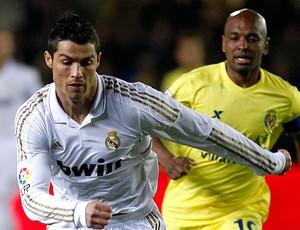 Cristiano Ronaldo Real Madrid Marcos Senna Villareal (Foto: Reuters)
