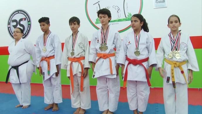 Atletas do karatê de Ariquemes (Foto: Reprodução/ TV Rondônia)