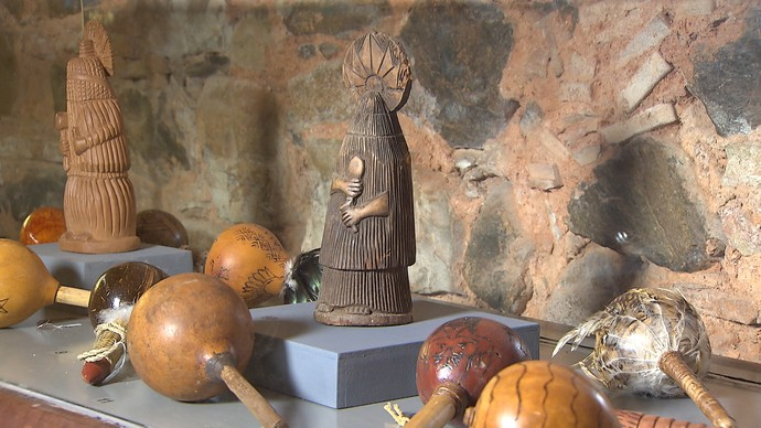 Exposição conta a história dos primeiros habitantes do Brasil (Foto: TV Bahia)