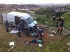 Capotamento no Pico da Ibituruna deixa 18 turistas feridos