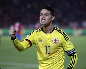 James Rodríguez Colômbia x Chile (Foto: AP)