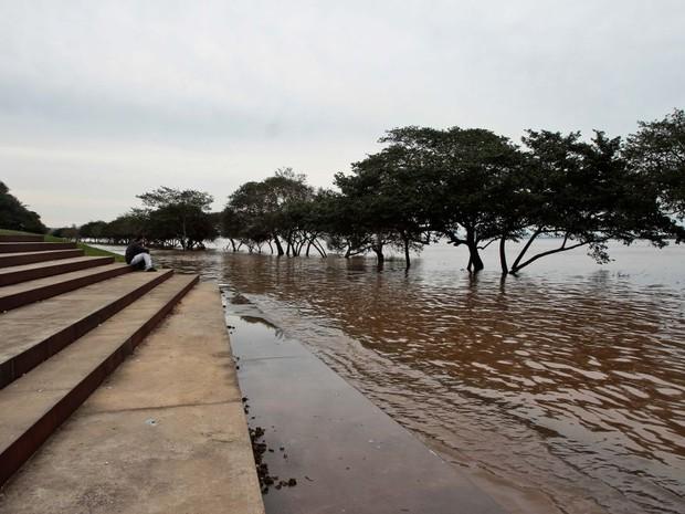 Nivel do Guaíba diminuiu no final de semana (Foto: Maia Rubim/Divulgação)