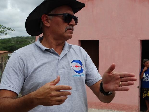 Eduardo Menezes, sismólogo do Laboratório Sismológico (LabSis) da Universidade Federal do Rio Grande do Norte (UFRN) (Foto: Paula Cavalcante/ G1)