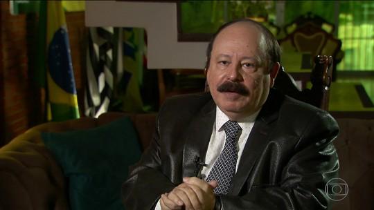 Levy Fidelix é entrevistado pelo SPTV