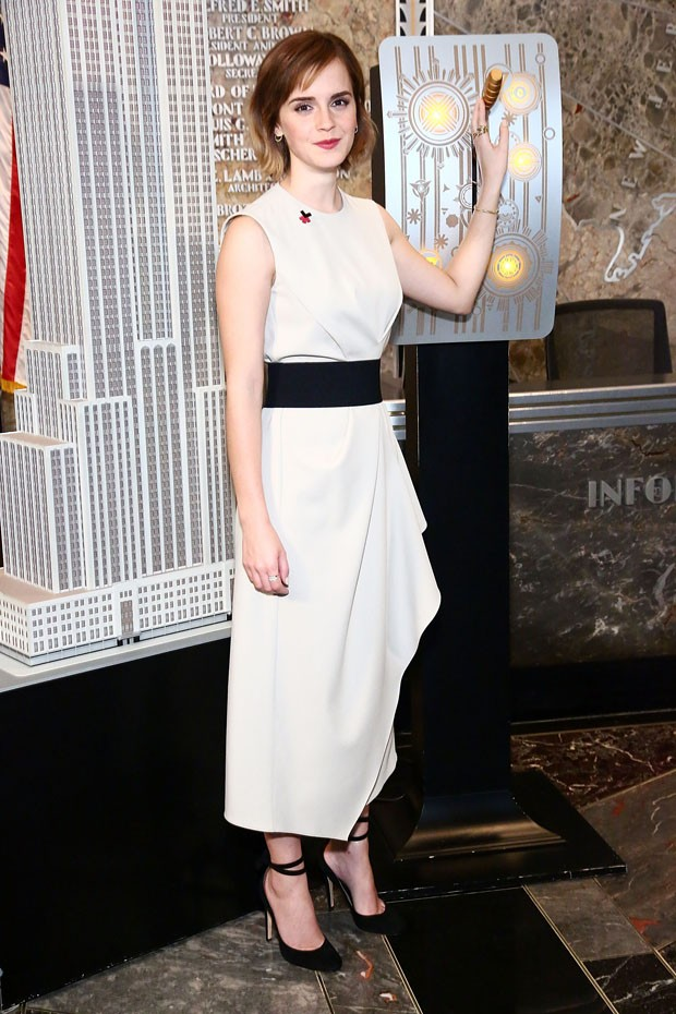 NEW YORK, NY - MARCH 08:  Actress Emma Watson lights The Empire State Building In HeForShe Magenta For International Women's Day at The Empire State Building on March 8, 2016 in New York City.  (Photo by Astrid Stawiarz/Getty Images) (Foto: Getty Images)