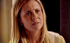 Carminha diz a Jorginho que Rita só se aproximou dele para se vingar