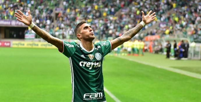Palmeiras x Ponte Rafael Marques abre os braços (Foto: Marcos Ribolli)