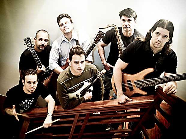 Banda Crash 41, que se apresenta neste sábado (7) no Velvet Pub, em Brasília (Foto: RafaZart/Divulgação)