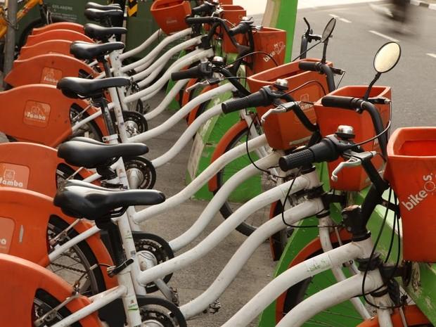 Bike Santos é um serviço público de empréstimo de bicicletas (Foto: Francisco Arrais / Prefeitura de Santos)