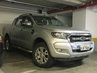 Nova Ford Ranger é flagrada sem camuflagem em shopping de SP