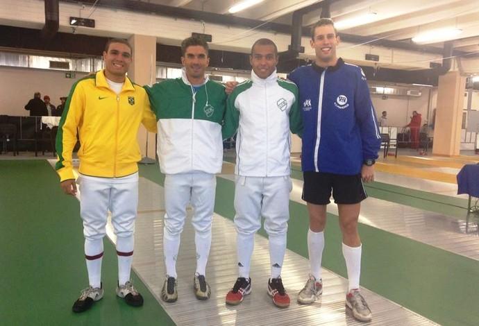 Danilo Fagundes, Felipe Nascimento, Enrico Ortolani e William Muinhos representam o Brasil no pentatlo (Foto: Divulgação)