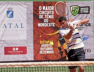 Fernando Albuquerque - campeão da primeira etapa do Circuito Potiguar de Tênis (Foto: Freire Neto/Divulgação)