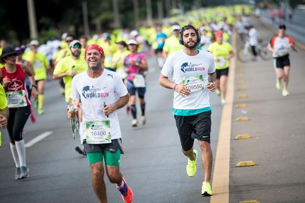Pedro Scooby em corrida global (Foto: Divulgação)