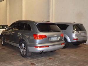 Carros foram apreendidos e vão a leilão, diz administrador judicial na Nilza (Foto: Leandro Mata/G1)