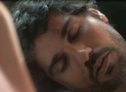 Inácio é assaltado e fica desacordado em 'Tempo de Amar'