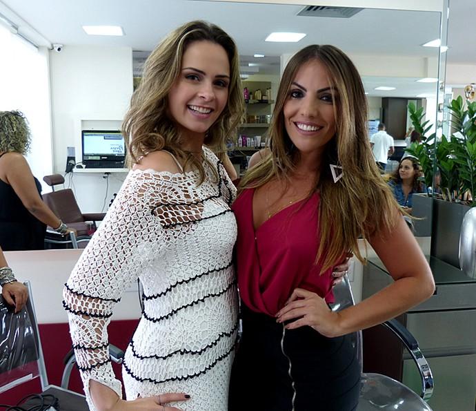 Ana Paula Renault e Anamara se encontraram em um salão de beleza (Foto: Cristina Cople / Gshow)