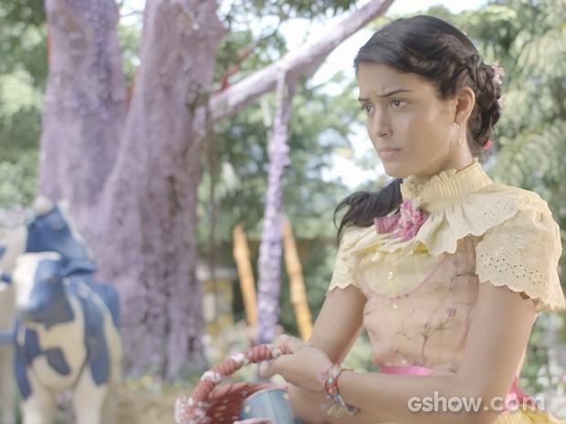 Será que Rosinha será capaz de levar seus terríveis planos adiante? (Foto: Meu Pedacinho de Chão/TV Globo)