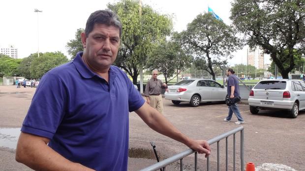 Rivarola foi ao Olímpico tratar de negócios com o presidente Fábio Koff (Foto: Hector Werlang/Globoesporte.com)