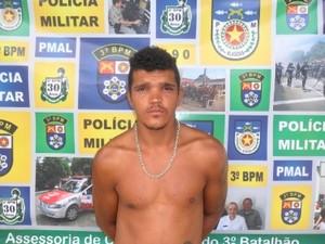 Rubens Soares da Silva foi encaminhado para o hospital.  (Foto: Divulgação/Polícia Militar)