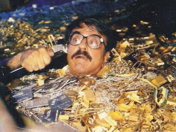 Armando Bógus em cena da novela 'Roque Santeiro', de 1985 (Foto: CEDOC TV Globo)