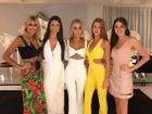 Marina Ruy Barbosa arrasa com look sexy em festa com Luma Costa