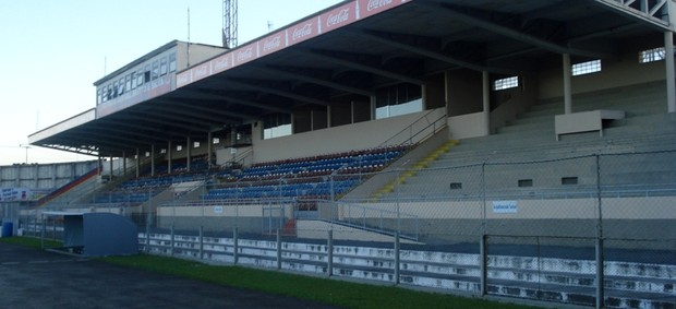 Vila Capanema, casa de Paraná Clube e Atlético-PR (Foto: Fernando Freire)