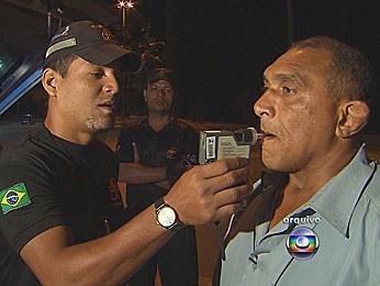 Lei seca em Pernambuco (Foto: Reprodução / TV Globo)