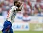 Chapecoense busca Luiz Antonio no Flamengo, mas salário emperra acerto