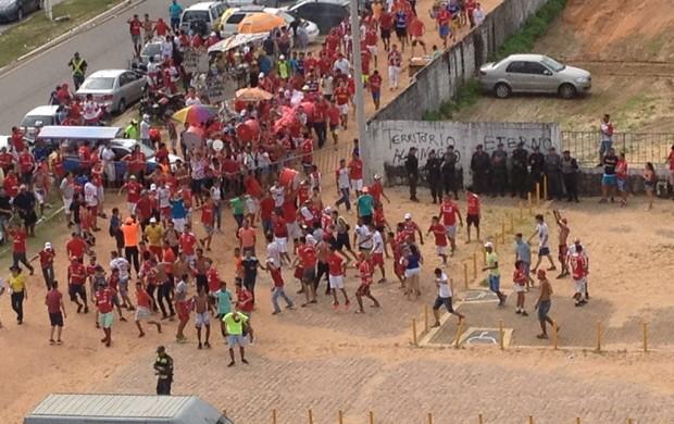 BLOG: Polícia Militar defende clássicos na Arena das Dunas