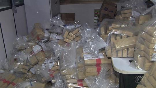 Foragido por tráfico de drogas é preso com 900 kg de maconha em Aparecida de Goiânia