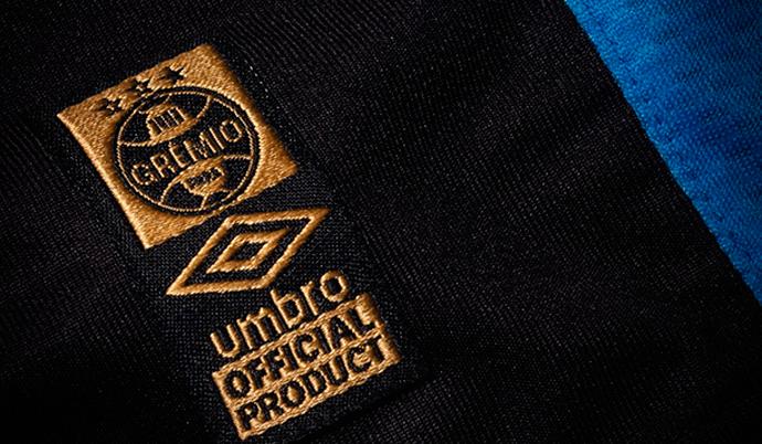 4e73d485c3 Grêmio revela novo detalhe da camisa para 2015
