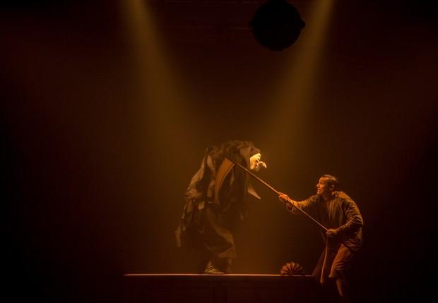 Casa Caramujo. Em Friburgo, espetáculo lúdico procura expor o sentido do ciclo da vida por meio de atos prosaicos / Foto: Ezio Philot (Foto: Ezio Philot)