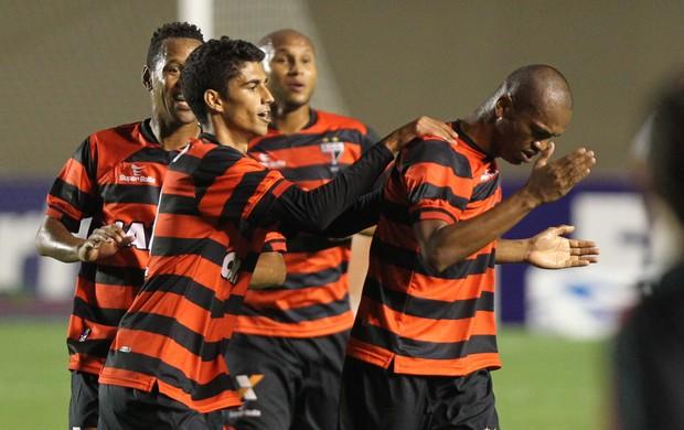 Vila Nova x Atlético-GO - Série B 2014 (Foto: O Popular)