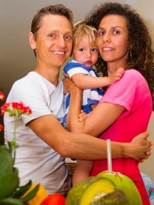 Mulher e filho também seguem estilo de vida saudável (Foto: Edilson Almeida / Especial para o G1)