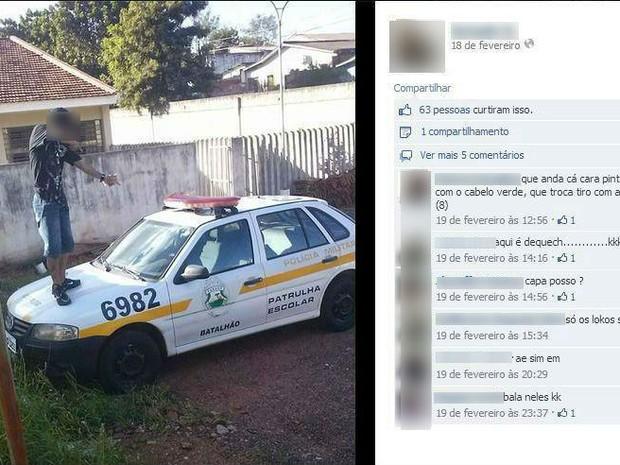 Policiais ministravam palestra contra o crime, enquanto o jovem simulava atirar. (Foto: Reprodução)