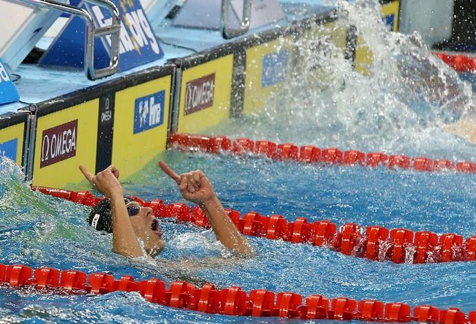 Cesar Cielo - ouro no revezamento (Foto: Satiro Sodré/SSPRESS)