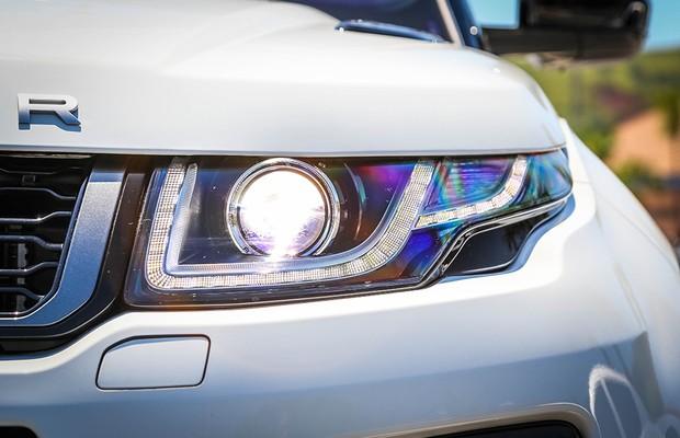 Faróis de xenônio contam com novos elementos em LEDs (Foto: Rafael Munhoz/Autoesporte)