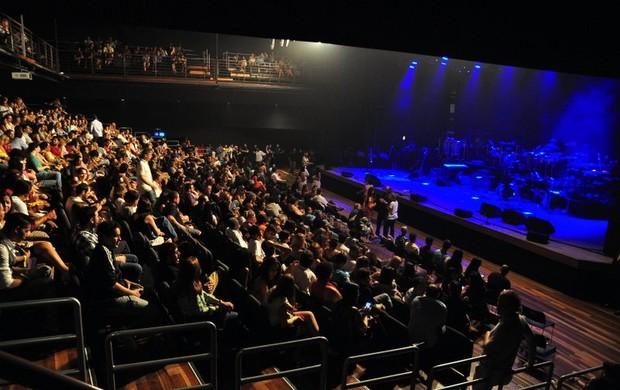 Plateia lotada no show de Gil e Stevie Wonder, no Rio (Foto: Roberto Teixeira/EGO)