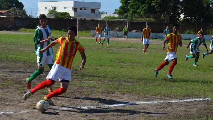 Alter do Chão x Tapajós Campeonato Santareno sub-20 (Foto: Gustavo Campos/GloboEsporte.com)
