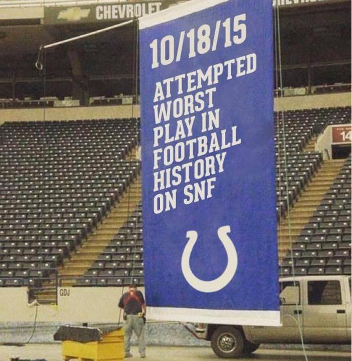 Indianapolis Colts formação bizarra meme (Foto: Reprodução / Twitter)