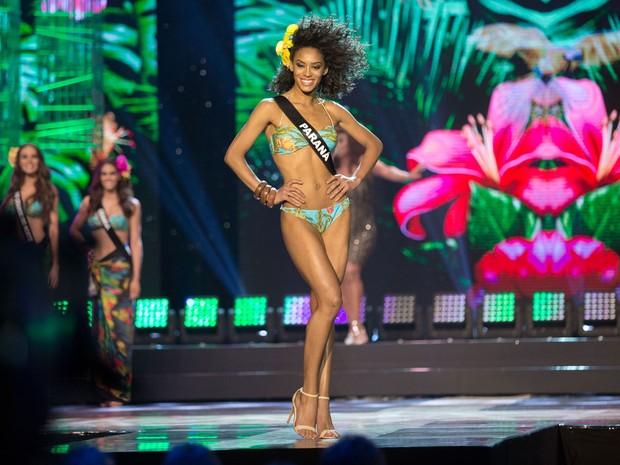 A candidata do estado do Paraná, Raissa Santana, é a vencedora do concurso Miss Brasil (Foto: Paulo Lopes/Futura Press/Estadão Conteúdo)