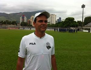 O treinador Marcos Badday pronto para o começo das atividades (Foto: Nawaf Letieri/G1)