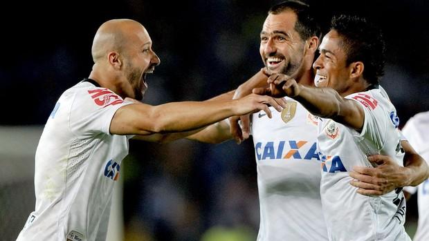 ac367b5fa1 Danilo comemoração jogo Corinthians Millonarios Libertadores (Foto  AFP)