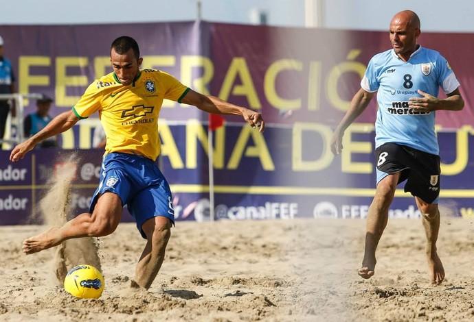 Brasil Seleção brasileira de futebol de areia e Uruguai pela fase de grupos da Copa Sul-Americana (Foto: Marcello Zambrana)