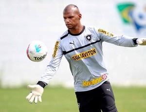 Jefferson no treino do Botafogo (Foto: Alexandre Cassiano / Ag. O Globo)