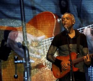 Apresentação do cantor Gilberto Gil na Tenda Telão (Foto:  Gabriel de Paiva/ Agência O Globo)
